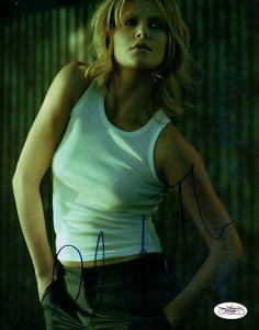 ca-charlize-theron02