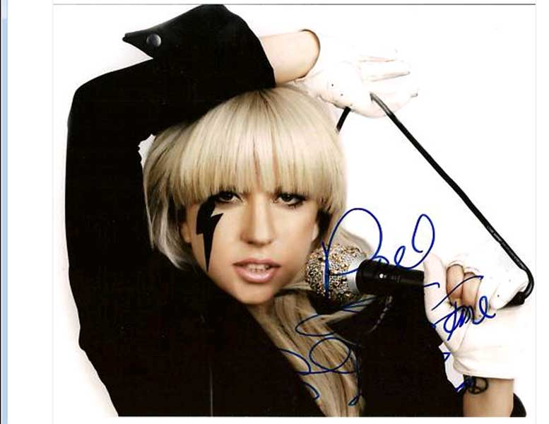 lady gaga autograph - photo #24